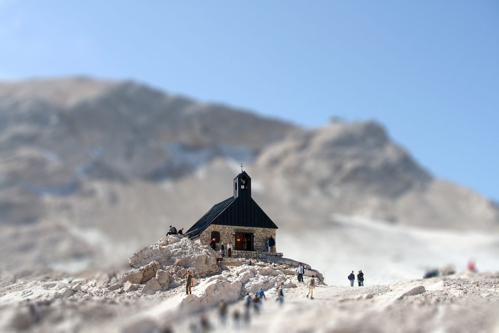 mini Mountain Church miniature tilt Shift Photography